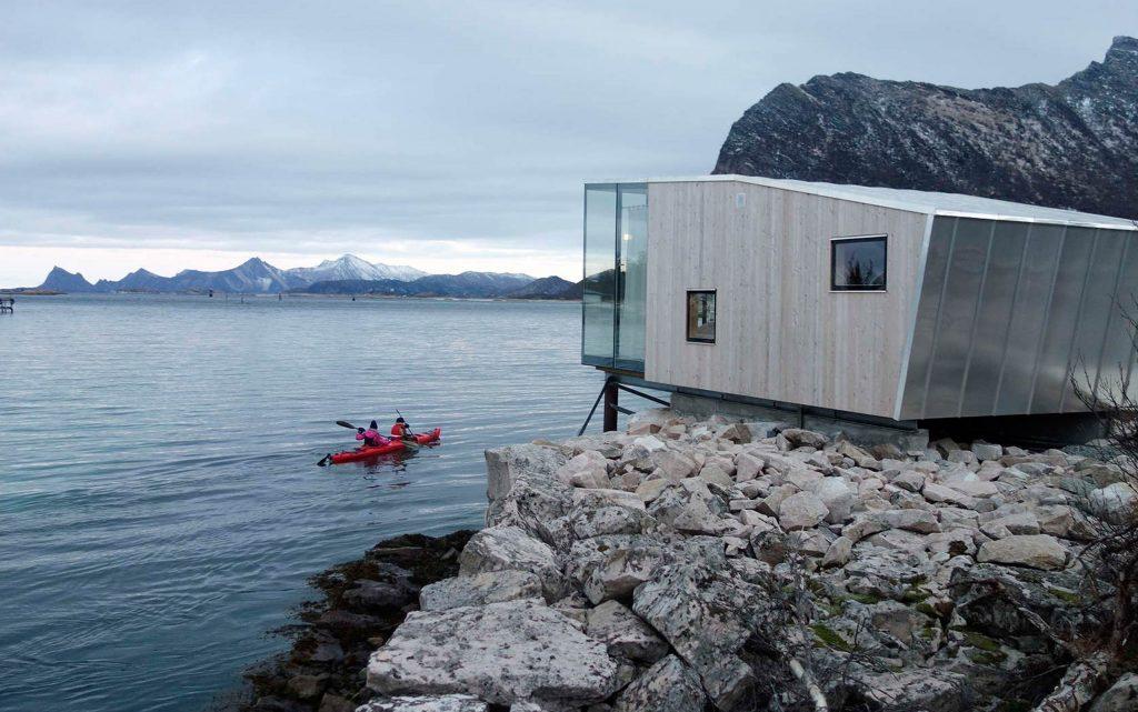 <p>Alojarse en una cabaña de diseño con vistas espectaculares en las Islas Lofoten.</p>