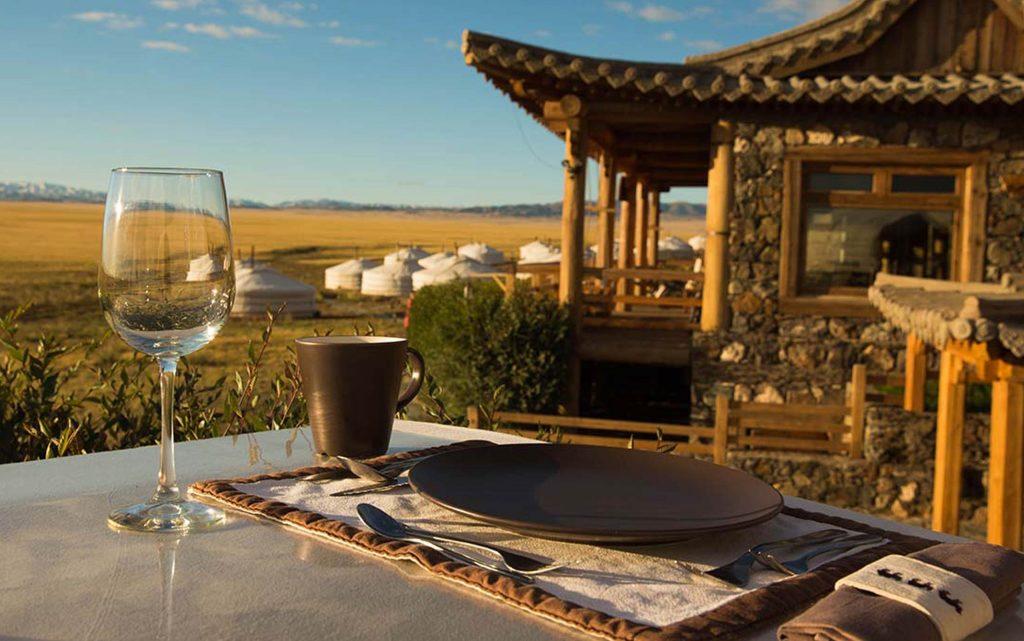 <p>Para los más aventureros recorrer Mongolia en avioneta y alojarse en una tienda tradicional mongola.</p>
