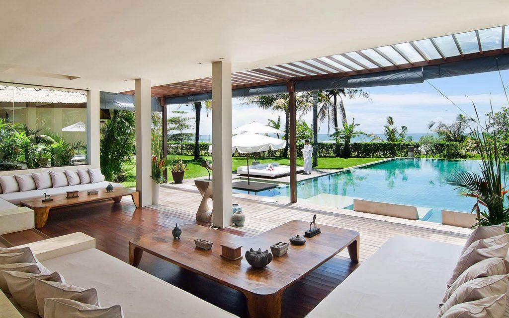 <p>Pasar el verano alojado con amigos o familia en una espectacular villa en Bali.</p>